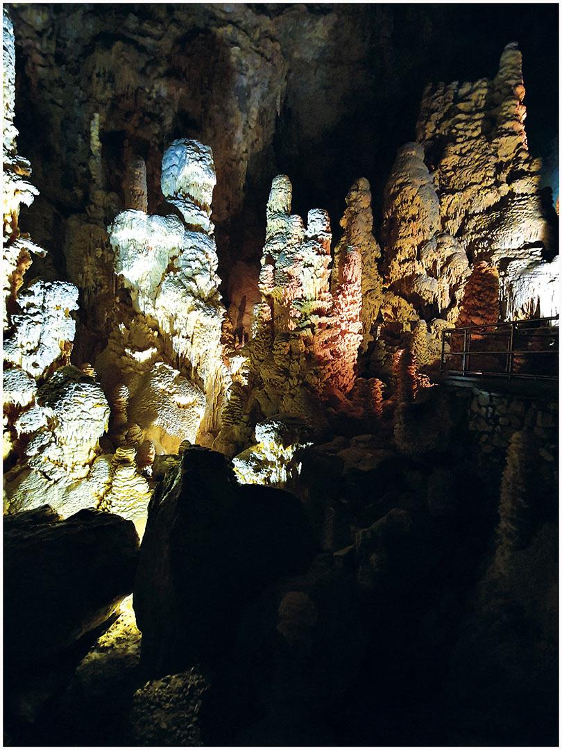 Caves_082_I19.8.51