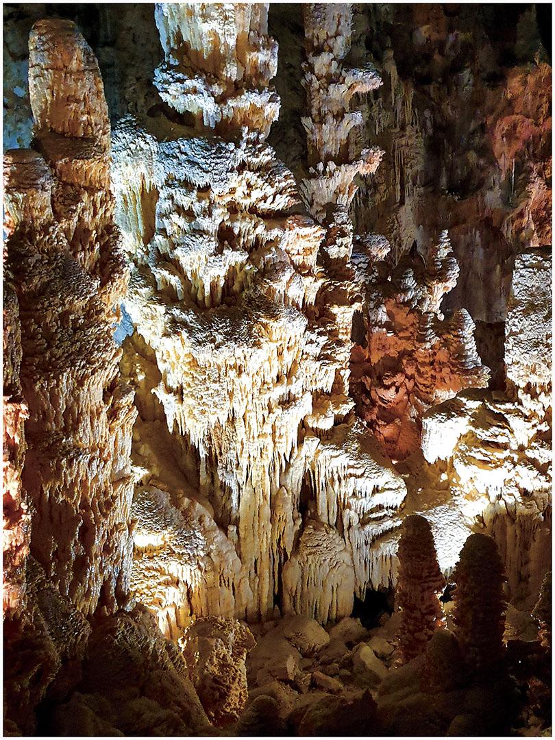 Caves_083_I19.8.52