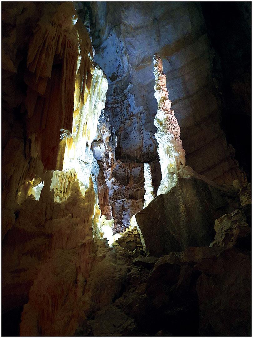 Caves_098_I19.8.71