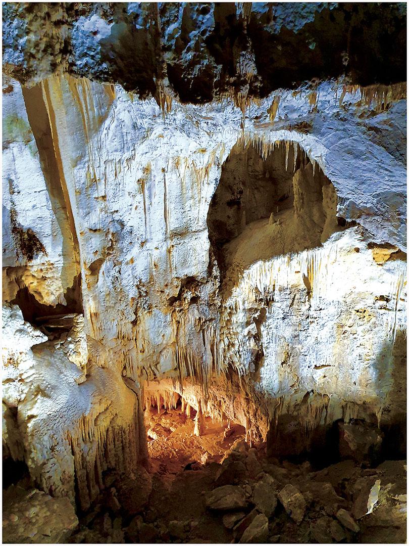 Caves_109_I19.8.89
