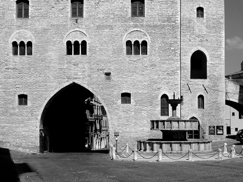 Le_Marche-Ancona_014_I18.9.75