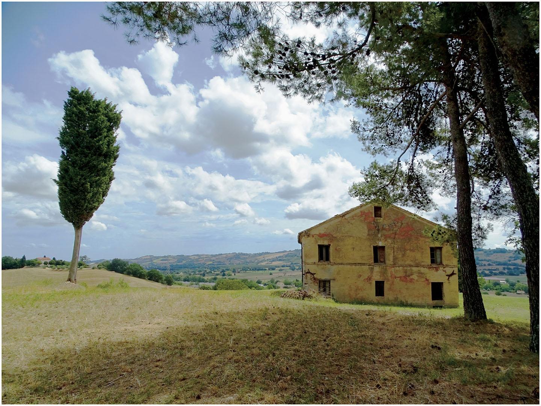 Le_Marche-Pesaro_024_I18.14.79