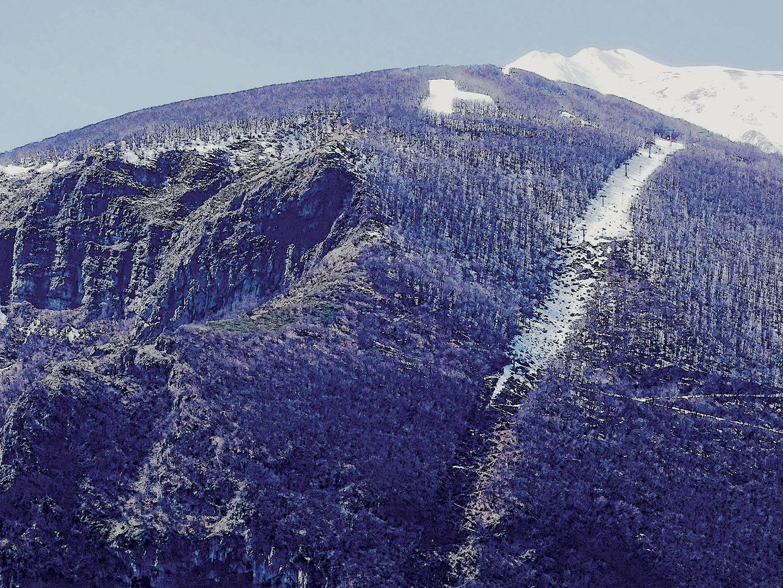 Mountains_016_I18.2.19