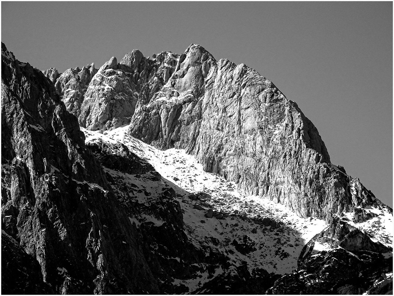 Mountains_059_I18.23.7