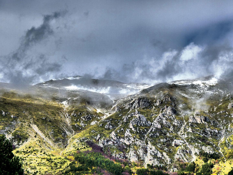Mountains_086_I18.20.50