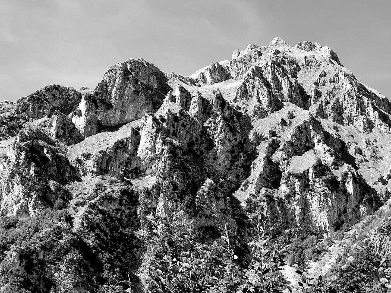 Mountains_094_I19.23.51