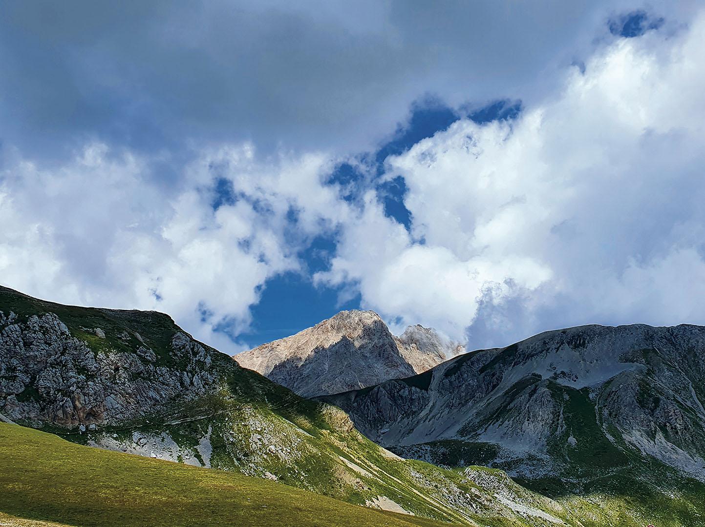Mountains_127_Mountains_4
