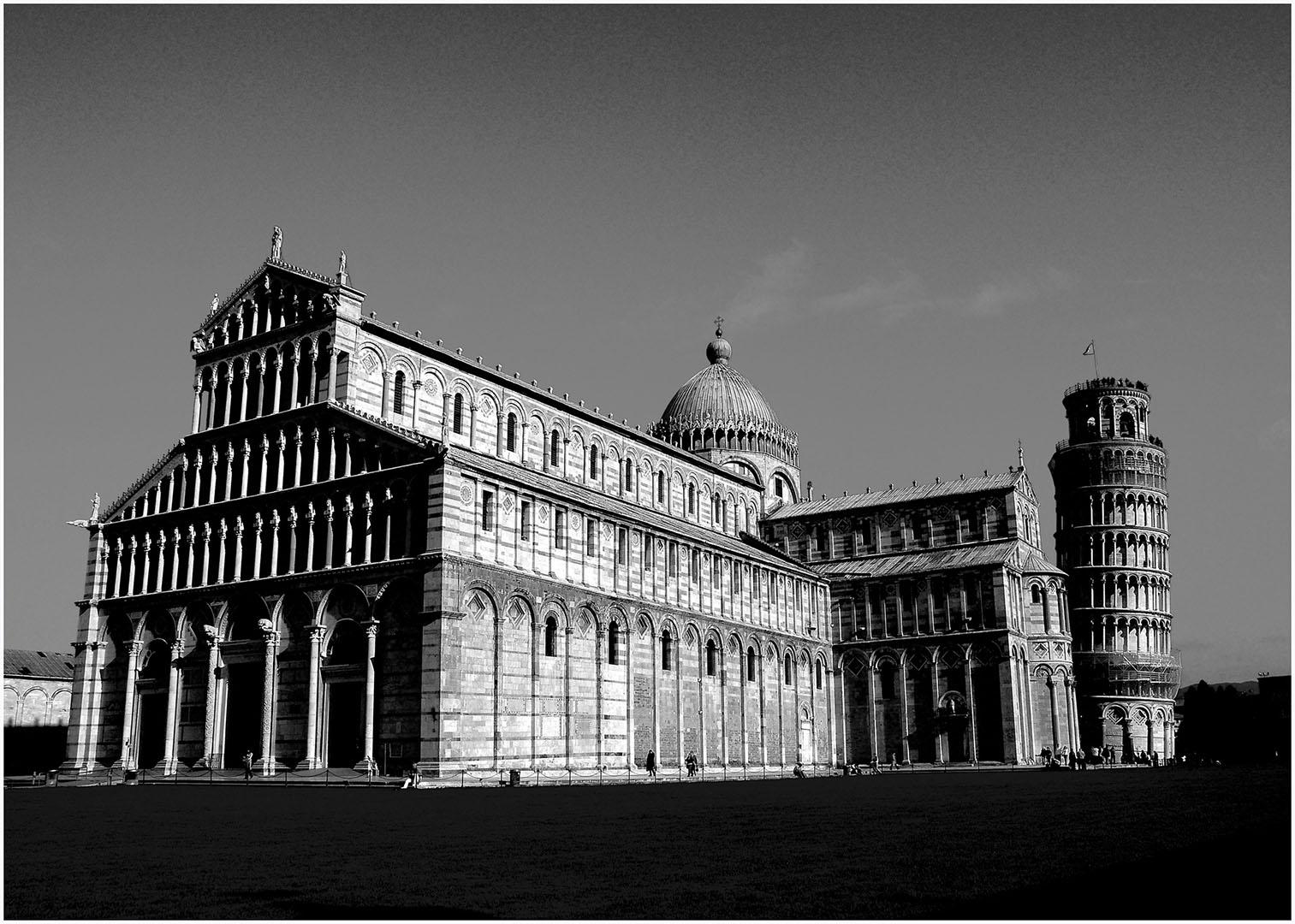 Pisa-Piazza_dei_Miracoli_027_I08-10.43