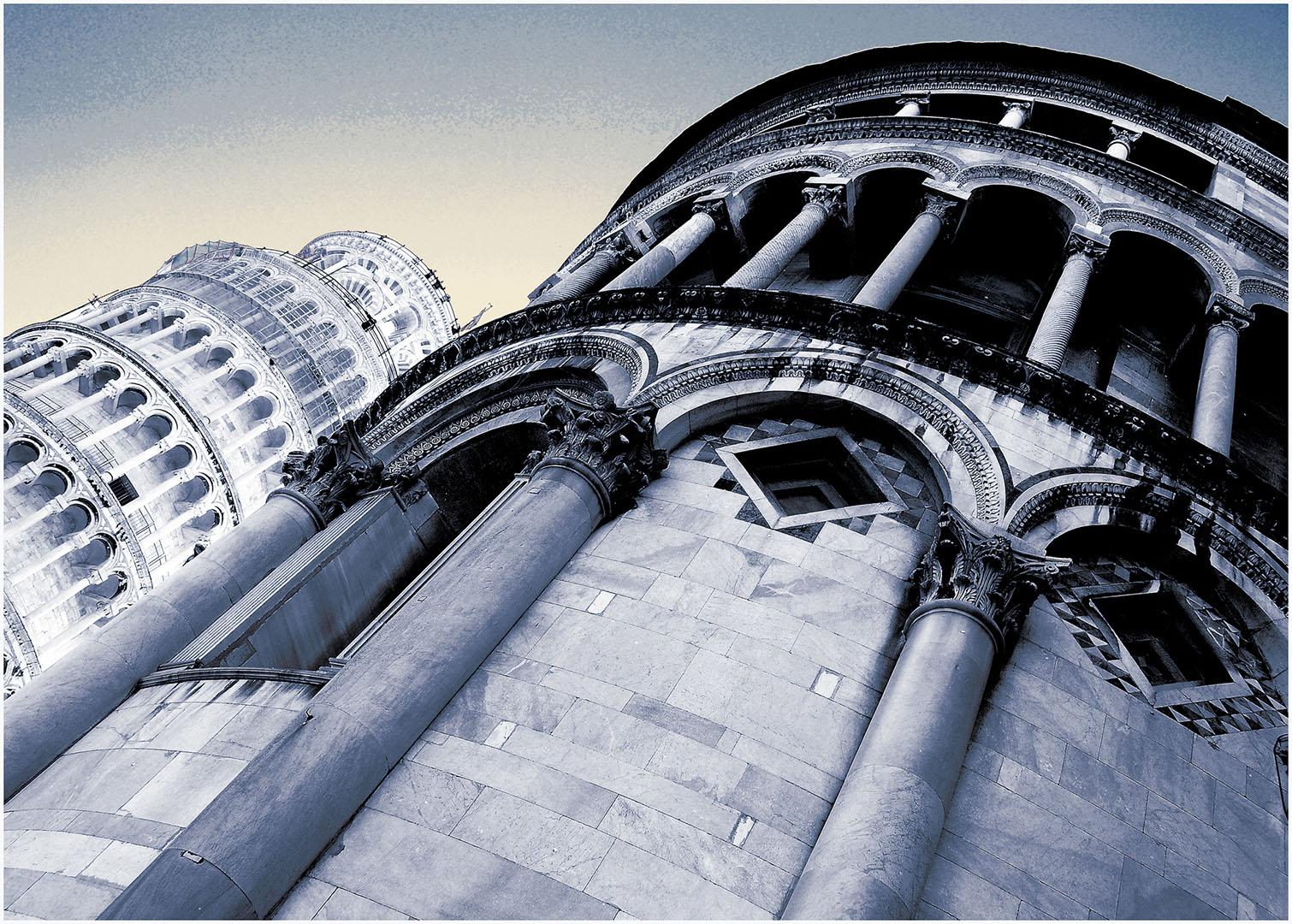Pisa-Piazza_dei_Miracoli_047_I08-10.77