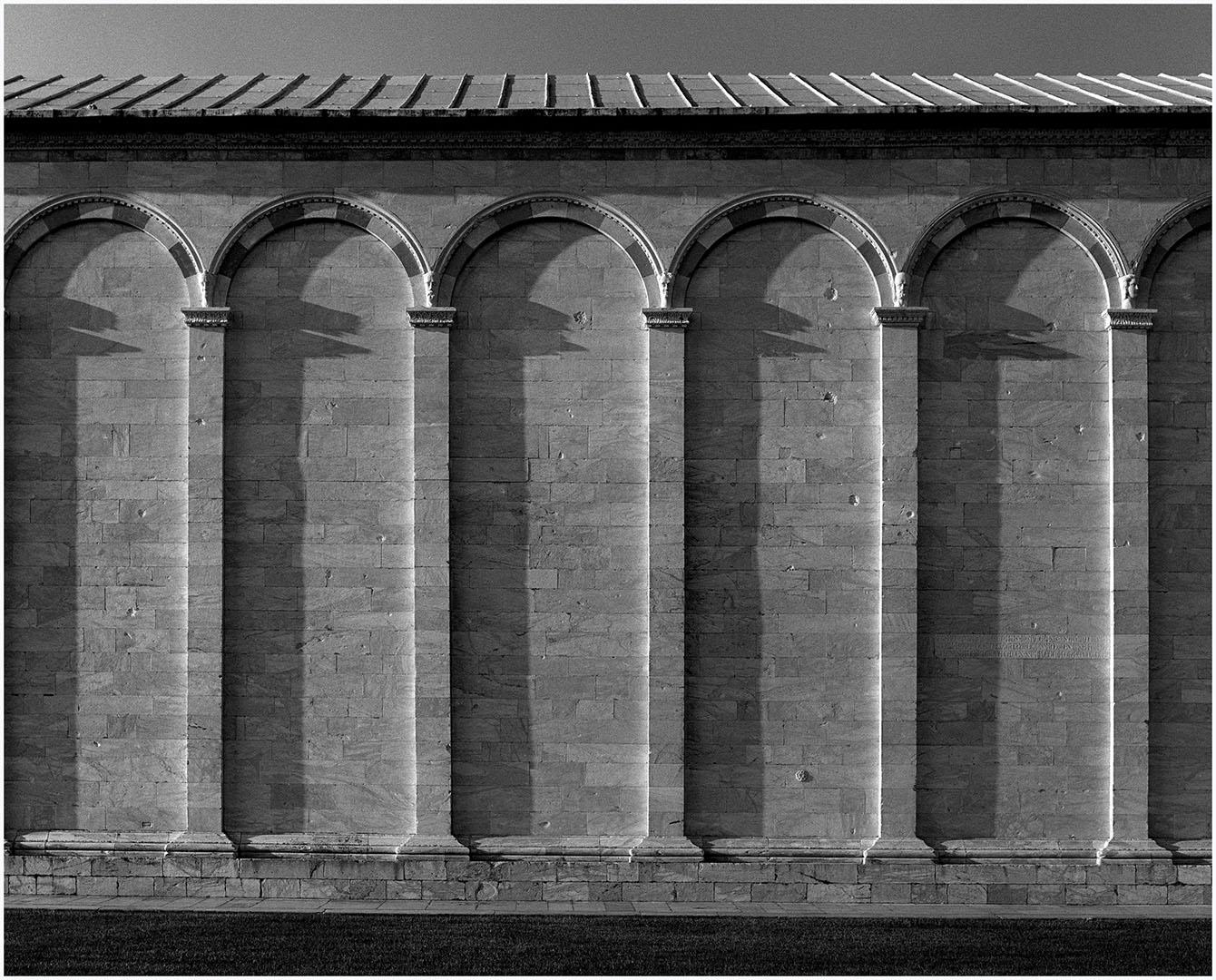 Pisa-Piazza_dei_Miracoli_060_U4.4