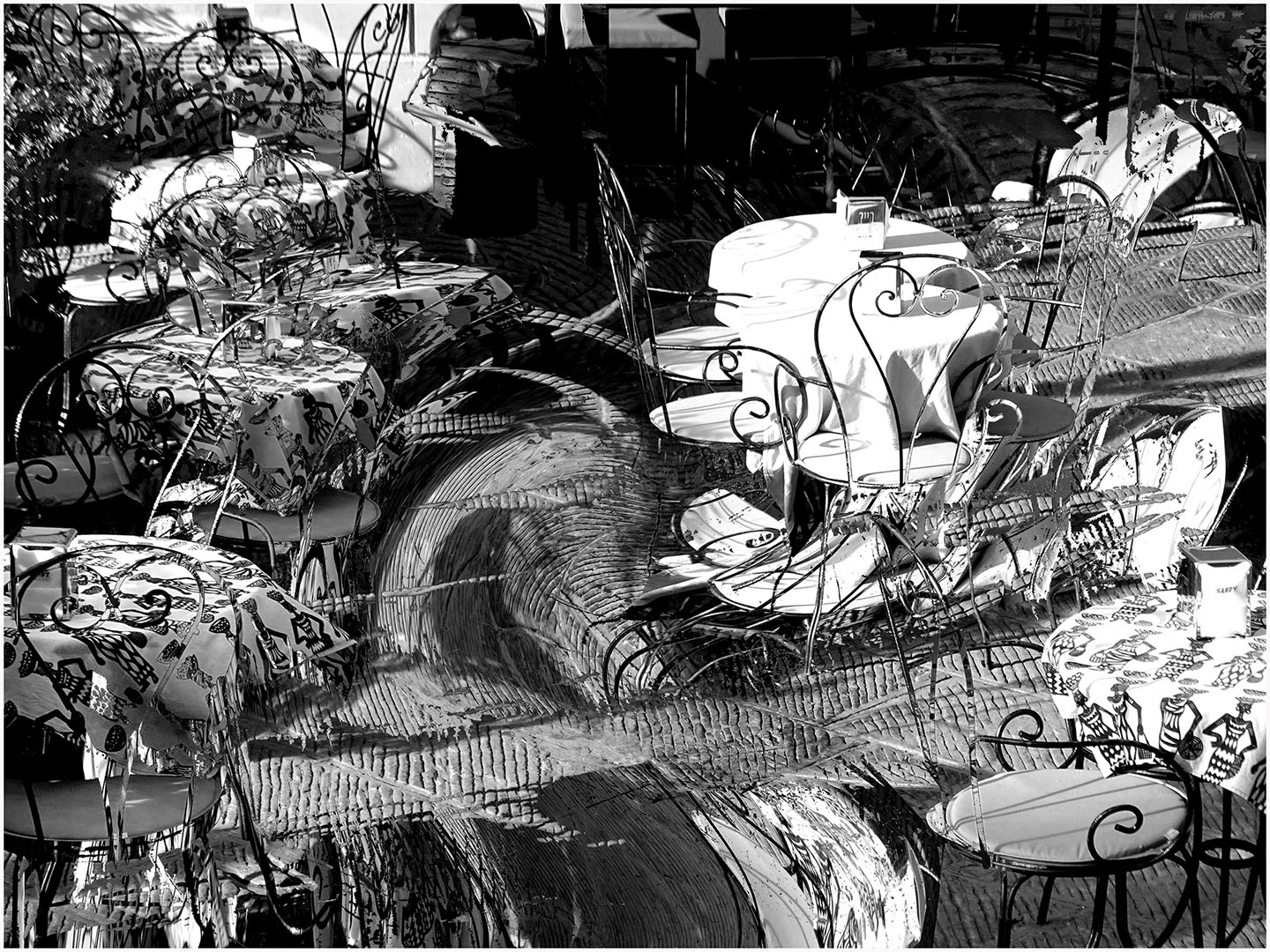 Table_Manners_in_Black_and_White_030_I17.7.79