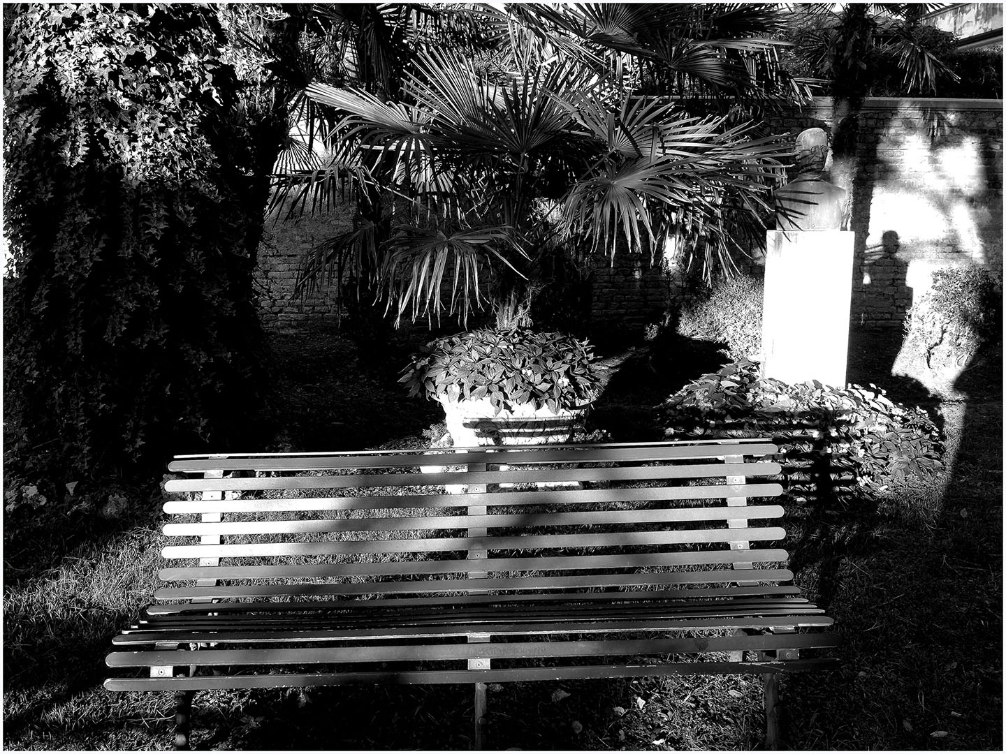 Wish_you_were_here_in_Black_and_White_087_I15.23.78
